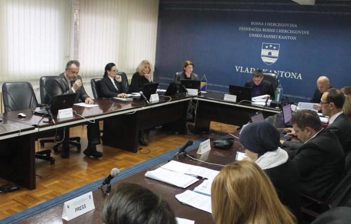 Vlada USK donijela Odluku o isplati regresa