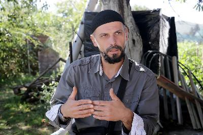 Dženan Hodžić, nekad popularni reper, danas poljoprivrednik: Vjera i marljivi rad pomogli su mi da uspijem