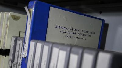 Priča jedinstvene biblioteke u BiH: Slijepi i slabovidni prisnije vezani za knjigu