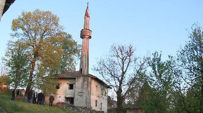 Stara džamija u Stijeni čeka na obnovu