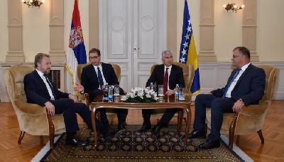 Predsjedništvo BiH prihvatilo poziv Vučića za posjetu Srbiji 6. i 7. decembra
