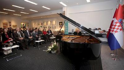 Hrvatska: Pijanistica Gulsin Onay održala klavirski koncert u Institutu