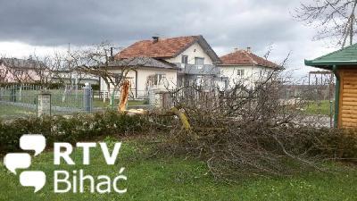 Orkanski južni vjetar pogodio Srbljane i Jezero