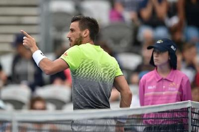 Džumhur savladao Millmana i prošao u treće kolo Australian Opena