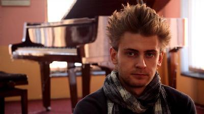 Mladi i uspješni pijanista Adem Mehmedović: Muzika je nevidljivi lijek za dušu