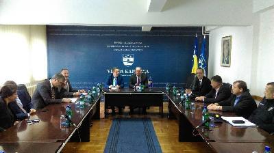Dogovoreno otvaranje migrantskog centra između Kladuše i Bihaća