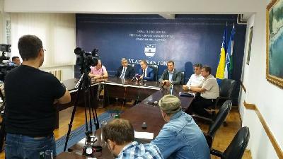 Premijer Rošić o migrantskoj krizi razgovarao sa predstavnicima općina i gradova
