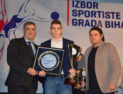Karataš Ajdin Ćehić izabran za sportistu godine grada Bihaća