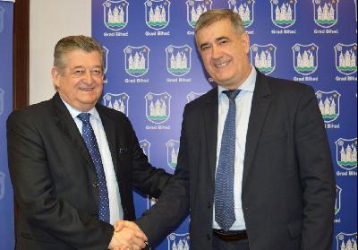 Prijateljstvo Bijeljine i Bihaća potvrđeno posjetom gradonačelnika Mićića