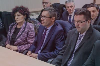 Ministar unutrašnjih poslova USK sa autoprijevoznicima dogovorio izmještanje migranata u Sarajevo
