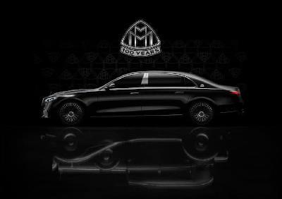 Mercedes sa dva specijalna modela obilježio 100 godina Maybacha